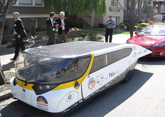 Электромобиль Stella способен проехать 800 км на солнечных батареях