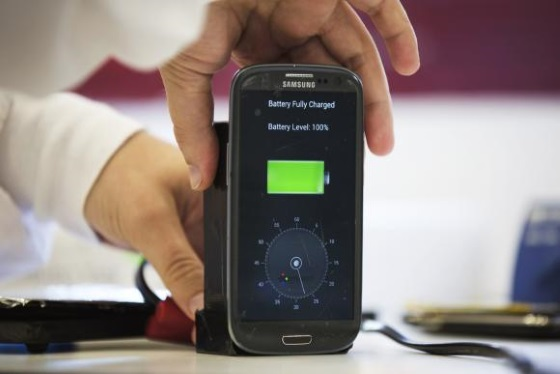 Новая технология поможет зарядить смартфон за минуту