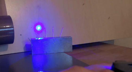 LaserWatch – уникальные часы со встроенным лазером