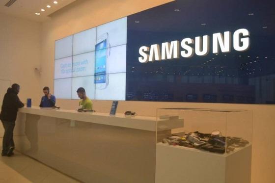 Samsung закрывает свой крупнейший магазин