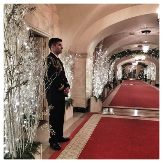 Фотограф Белого Дома использует смартфон для съемки фото