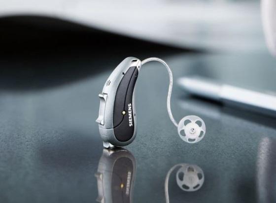 Siemens представила умный слуховой аппарат
