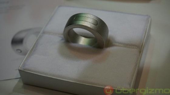 The Ring – кольцо для управления смартфоном жестами
