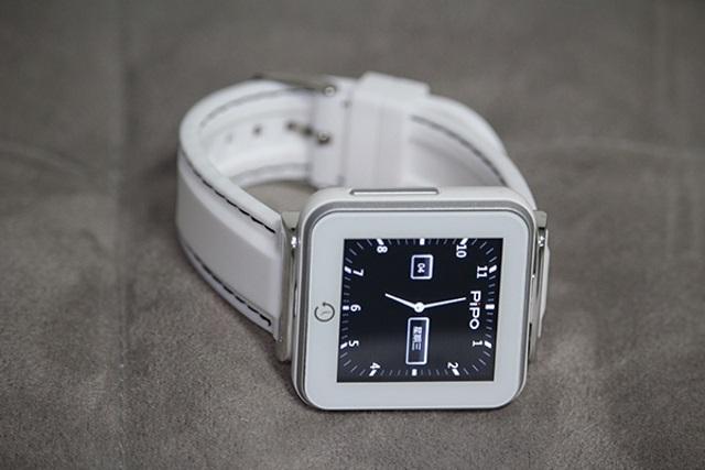 Pipo C2 – 32 доллара за умные часы