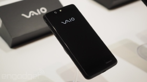 VAIO представила свой смартфон