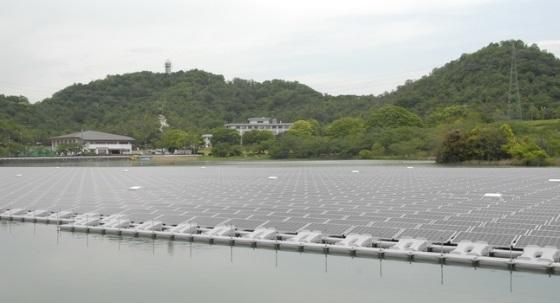 Компания Kyocera построила первую плавучую солнечную электростанцию