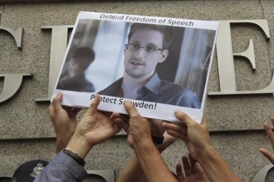 Эдвард Сноуден назвал мессенджер, которым пользуется каждый день