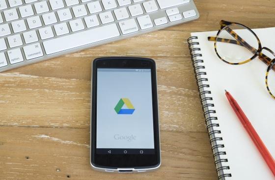 Google прекращает поддержку старых версий своих приложений